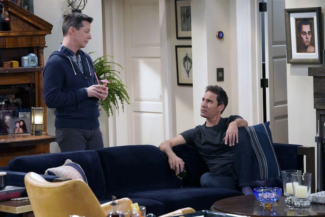 Jack (Sean Hayes, l.) versucht Will (Eric McCormack, r.) auszureden, sich wieder auf seinen Ex-Freund einzulassen. Mit Erfolg? - Bildquelle: Chris Haston 2017 NBCUniversal Media, LLC