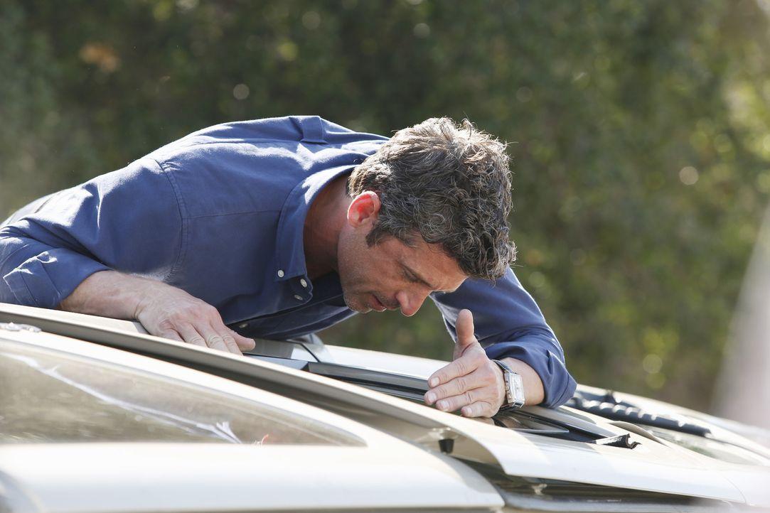 Wird Zeuge eines schrecklichen Autounfalls und zögert nicht, die Verletzten zu retten: Derek (Patrick Dempsey) ... - Bildquelle: ABC Studios