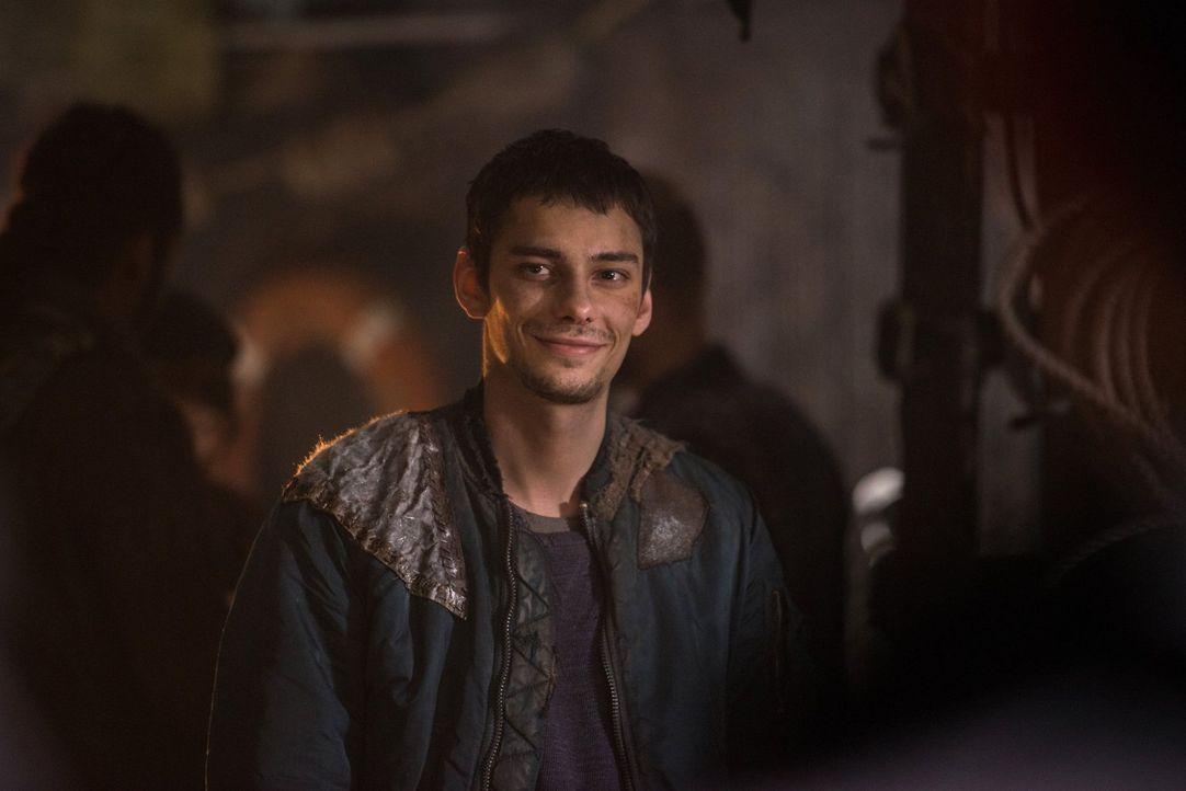 Wird auch Jaspers (Devon Bostick) Widerstand brechen, nachdem der Feind ihnen plötzlich dicht auf den Fersen ist? - Bildquelle: 2014 Warner Brothers