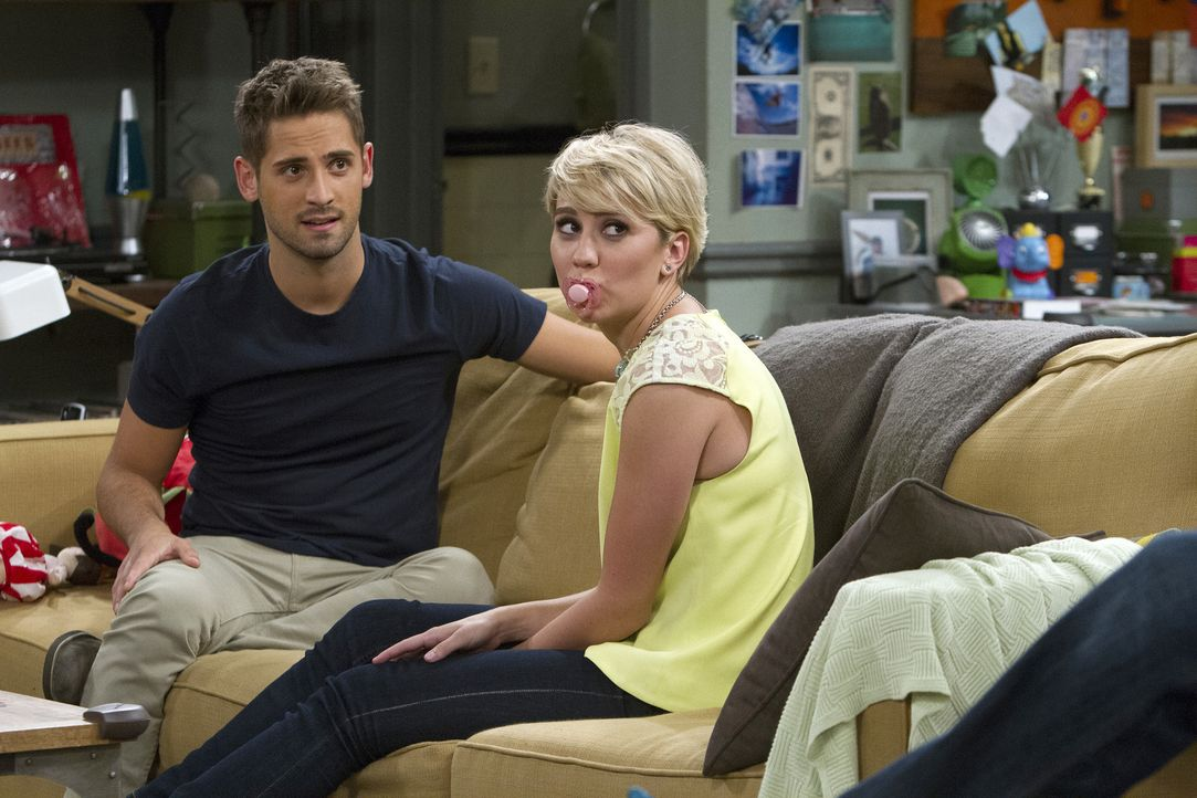 Riley glaubt nicht an eine gemeinsame Zukunft mit Ben. Als sie auf eine Hell... - Bildquelle: Bruce Birmelin ABC Family