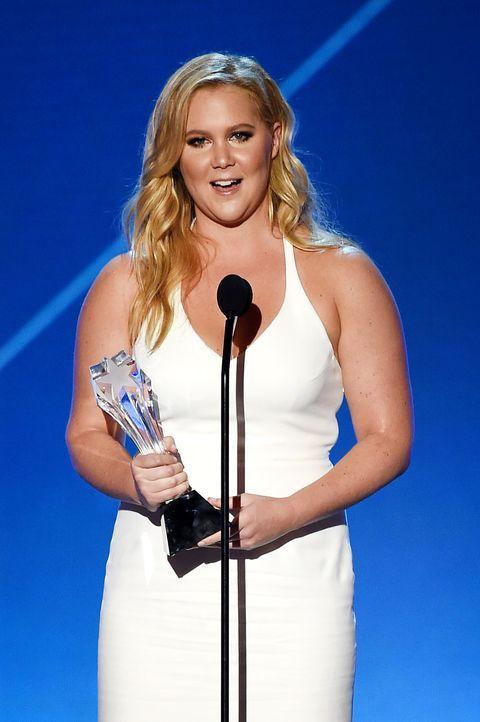 Critcs-Choice-Awards-160117-Amy-Schumer-Award-getty-AFP - Bildquelle: getty-AFP