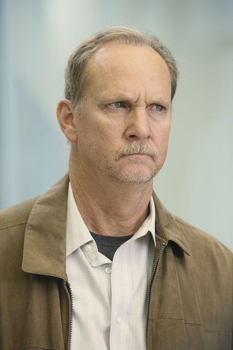 Will nur eins, nämlich den Tod an seiner Frau rächen: Mr. Clark (Michael O'Neill) ... - Bildquelle: Touchstone Television