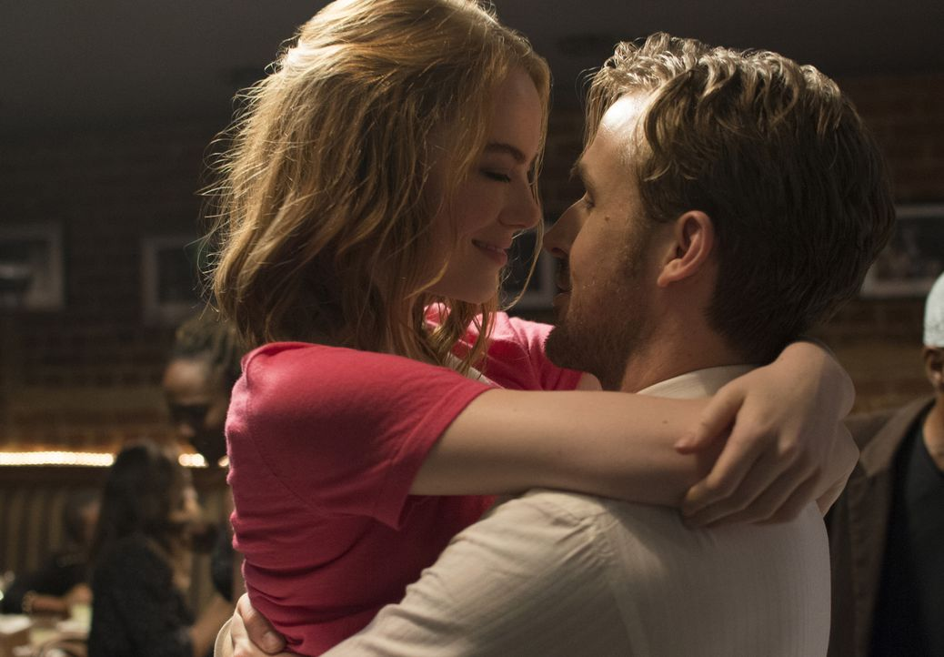 Mia (Emma Stone, l.); Sebastian (Ryan Gosling, r.) - Bildquelle: Dale Robinette 2016 Summit Entertainment, LLC. All Rights Reserved./ Dale Robinette