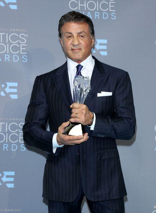 Critcs-Choice-Awards-160117-Sylvester-Stallone-Award-getty-AFP - Bildquelle: getty-AFP