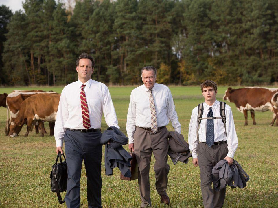 Obwohl Dan Trunkman (Vince Vaughn, l.), Timothy McWinters (Tom Wilkinson, M.) und Mike Pancake (Dave Franco, r.) ein ungleiches Team sind, wollen si... - Bildquelle: 2015 Twentieth Century Fox Film Corporation.  All rights reserved.