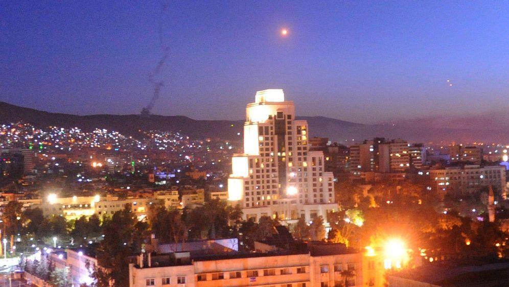 Westmächte greifen Syrien an - Bildquelle: dpa-Bildfunk