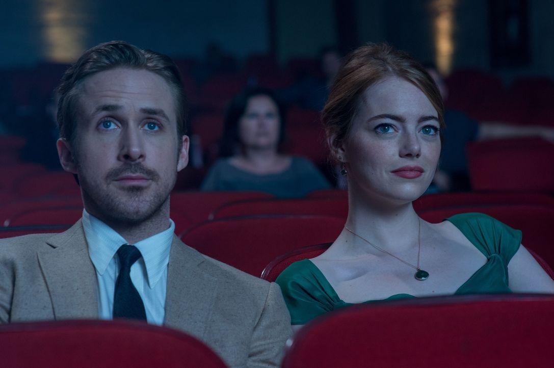 Sebastian (Ryan Gosling, l.); Mia (Emma Stone, r.) - Bildquelle: 2016 Summit Entertainment, LLC. All Rights Reserved.