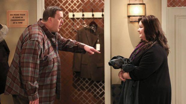 Geraten in einen Streit: Mike (Billy Gardell, l.) und Molly (Melissa McCarthy...