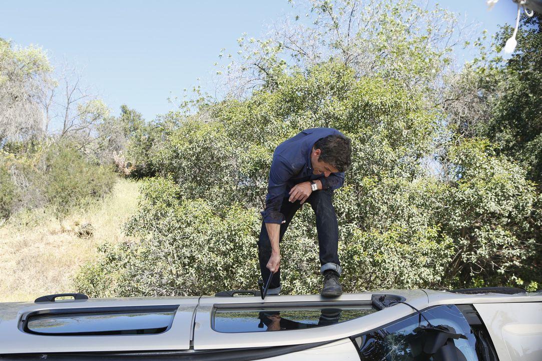 Derek (Patrick Dempsey) wird auf dem Weg zum Flughafen Zeuge eines schrecklichen Autounfalls. Doch kann er die Verletzten retten? - Bildquelle: ABC Studios