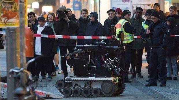 Polizei ermittelt nach Fund von gefährlichem Umschlag in Berlin