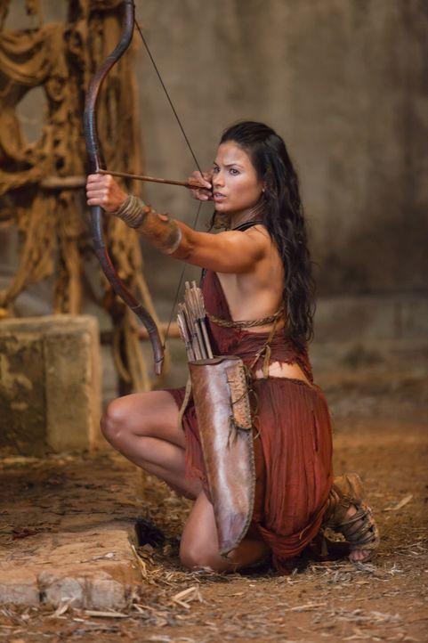Auch Mira (Katrina Law) möchte Ilithyias Tod, nachdem sie erfahren hat, dass Spartakus der Vater ihres Kindes sein soll ... - Bildquelle: 2011 Starz Entertainment, LLC. All rights reserved.