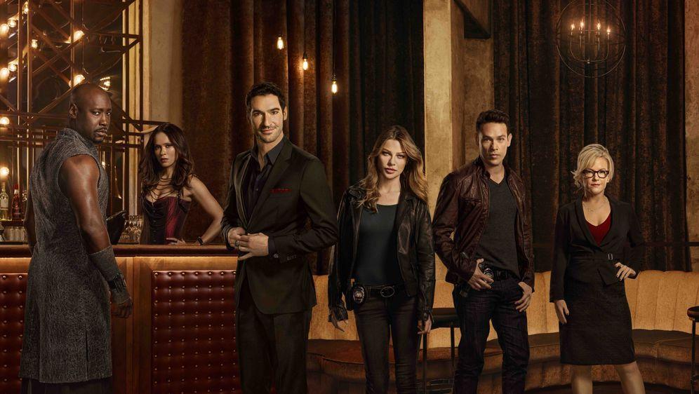 Lucifer startet am 7. März in die 2. Staffel - Bildquelle: Warner Bros. Television