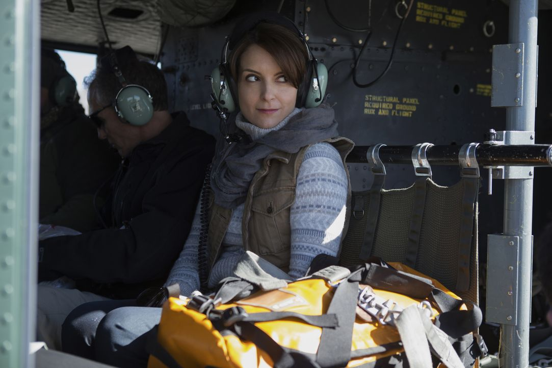 Als sich die Journalistin Kim Baker (Tina Fey) auf den Weg nach Afghanistan macht, um dort als Kriegsreporterin zu arbeiten, ahnt sie nicht, welche... - Bildquelle: Frank Masi 2015 Paramount Pictures. All Rights Reserved.