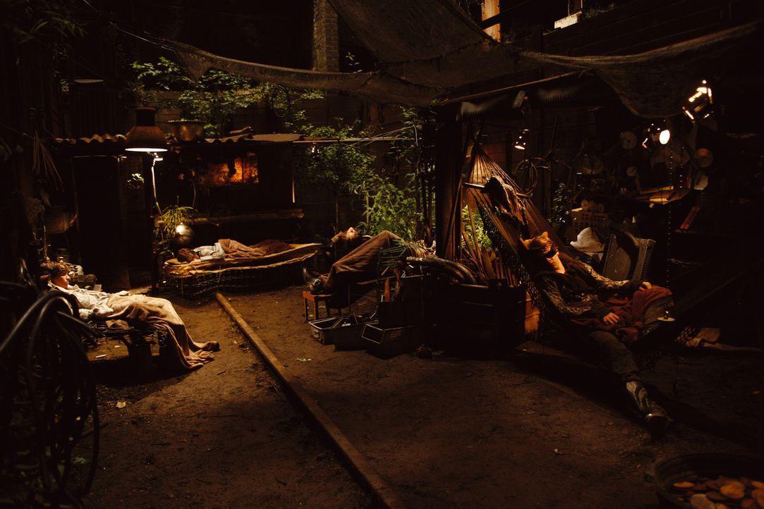 Nach einer langen Reise und der Suche nach Leon landen die wilden Kerle erschöpft in ihrem Versteck ... - Bildquelle: Buena Vista International