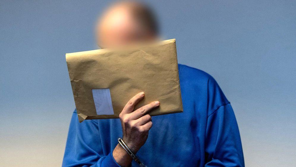 Missbrauch eines Jungen bei Freiburg: Erster Prozess gestartet - Bildquelle: dpa