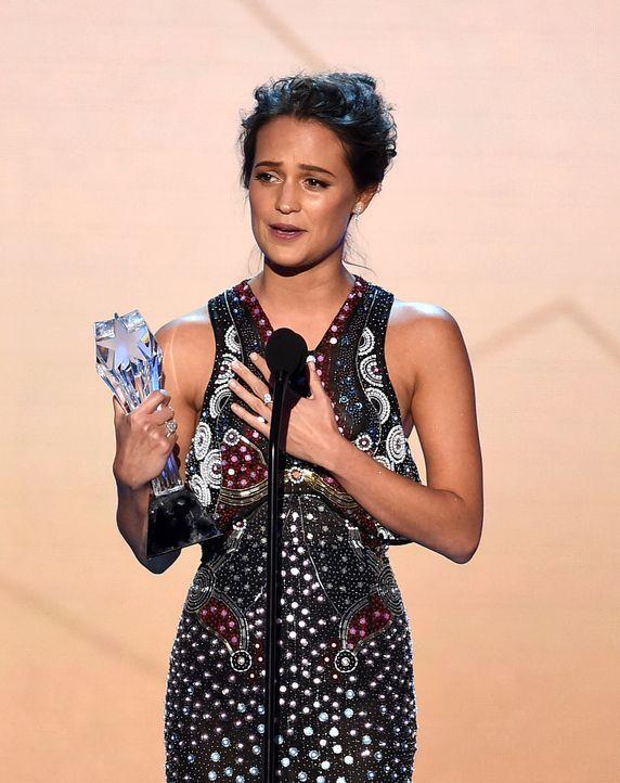 Critcs-Choice-Awards-160117-Alicia-Vikander-Award-getty-AFP - Bildquelle: getty-AFP