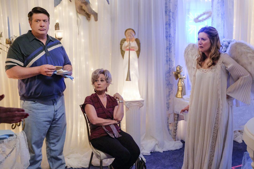 (v.l.n.r.) George Sr. (Lance Barber); Meemaw (Annie Potts); Mary (Zoe Perry) - Bildquelle: Darren Michaels 2018 WBEI. All rights reserved./Darren Michaels