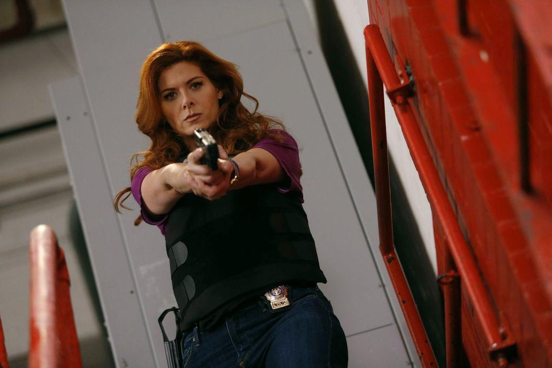 Ein neuer Fall beschäftigt Laura Diamond (Debra Messing) und ihre Kollegen ... - Bildquelle: Warner Bros. Entertainment, Inc.
