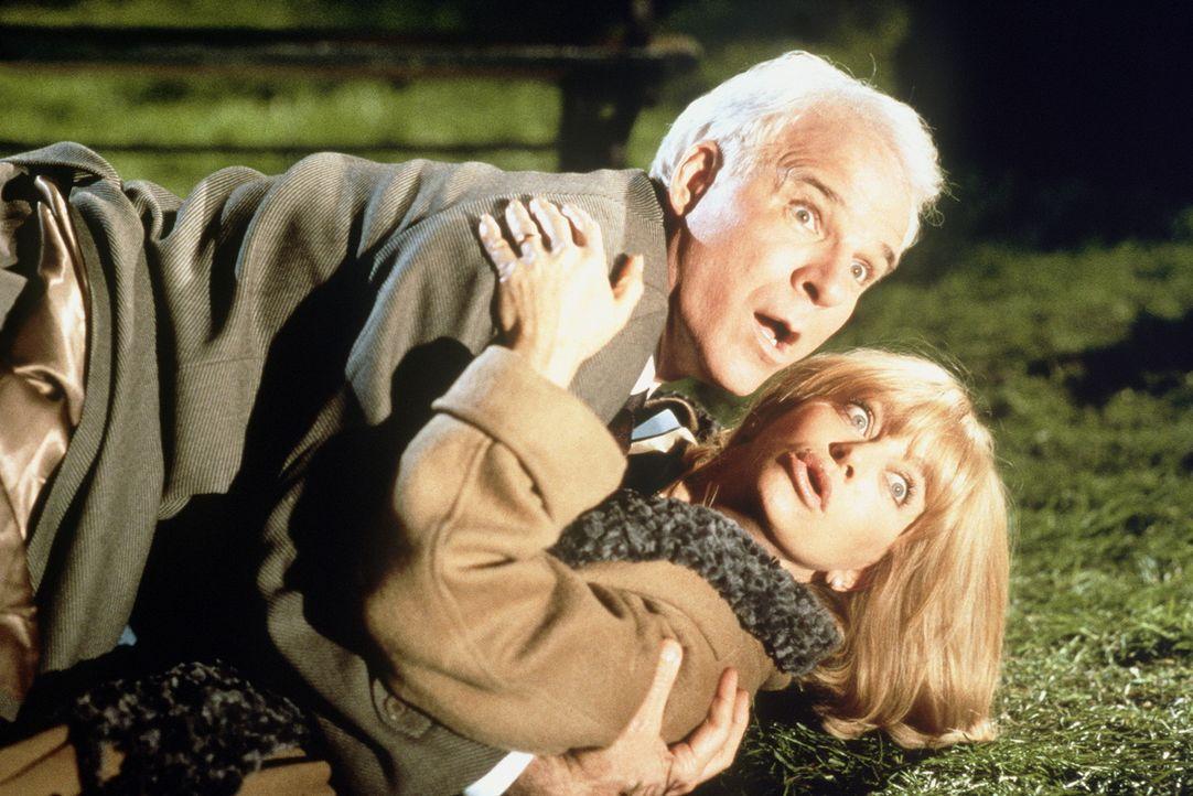Das Ehepaar Henry (Steve Martin, oben) und Nancy Clark (Goldie Hawn, unten) versuchen, ihr eingefahrenes Eheleben zu beleben ... - Bildquelle: United International Pictures