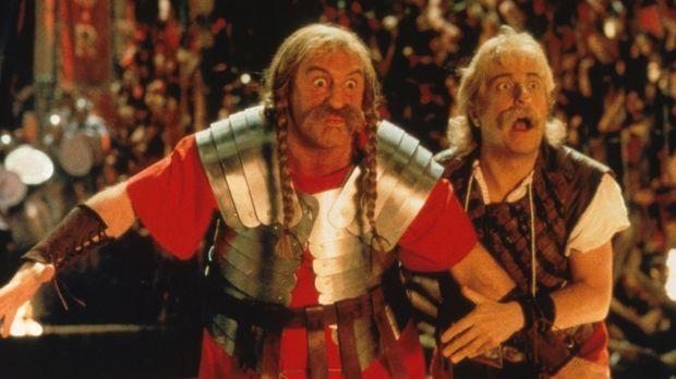 Um den Druiden zu befreien, müssen sich Asterix (Christian Clavier, r.) und O...