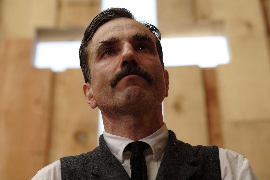 Für seinen schnellen Aufstieg muss Daniel Plainview (Daniel Day-Lewis) einen hohen Preis bezahlen ... - Bildquelle: Buena Vista International