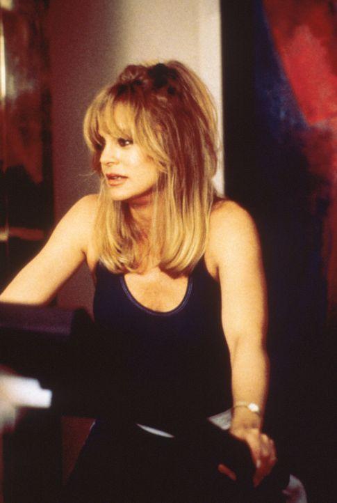 Nicht nur als Schauspielerin vom eigenen Mann abserviert: Elise (Goldie Hawn). - Bildquelle: Paramount Pictures