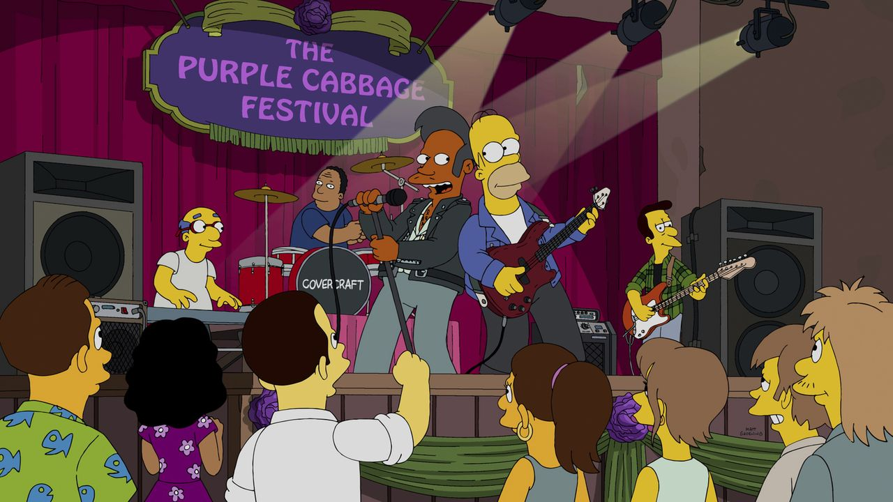 Kirk, Dr. Hibbert, Apu, Homer und Lovejoy (v.l.n.r.) legen einen Auftritt auf einem Musikfestival hin. Haben sie damit Erfolg? - Bildquelle: 2014 Twentieth Century Fox Film Corporation. All rights reserved.