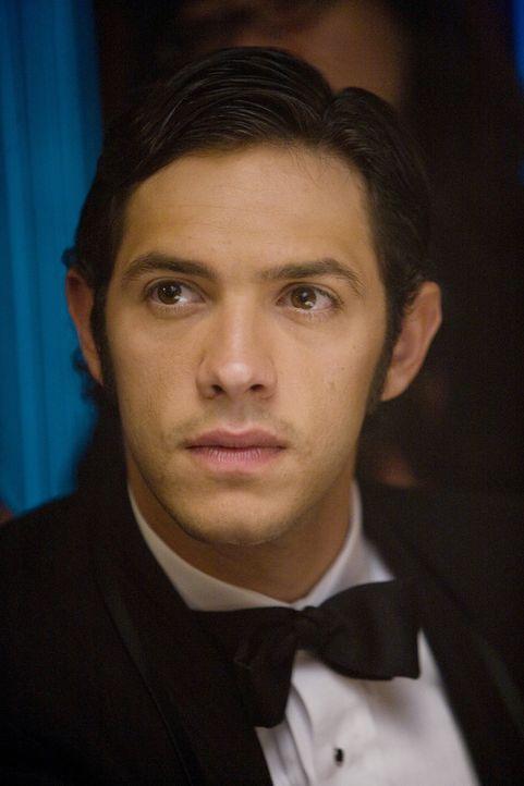 Die Casino-Nacht der Verbindungen steht an und Max (Michael Rady) ist natürlich mit von der Partie ... - Bildquelle: 2008 ABC Family