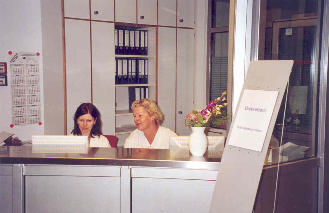 Diese Reportage blickt hinter die Kulissen der modernsten Notaufnahme Europas im Berliner Unfallklinikum Marzahn (UKB). - Bildquelle: ProSieben MAXX