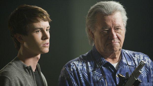 Elena, eine alte Freundin von Ben und Gwen, verschwindet spurlos. Max (Barry...