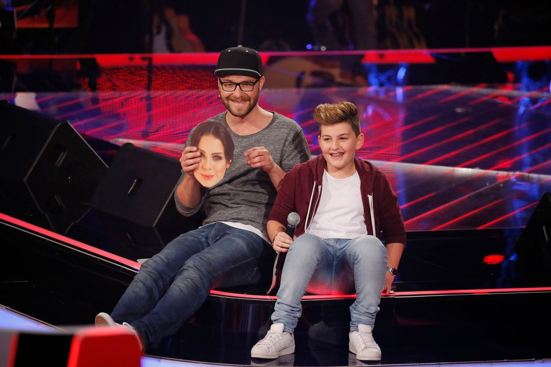 The-Voice-Kids-s04e02-Merdan-6-SAT1-Richard-Huebner - Bildquelle: © SAT.1/ Richard Hübner