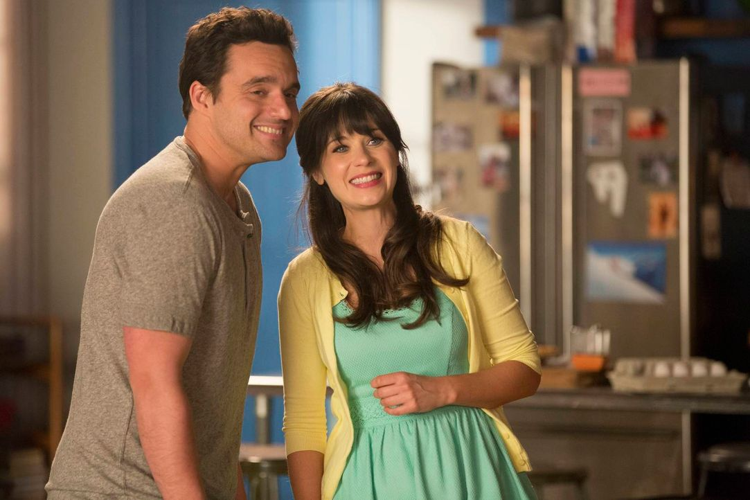Versuchen, vor Jess Vater ihre Beziehung zu verheimlichen: Jess (Zooey Deschanel, r.) und Nick (Jake M. Johnson, l.) ... - Bildquelle: 2013 Twentieth Century Fox Film Corporation. All rights reserved