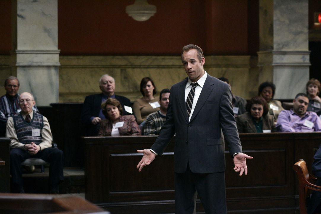 Mafiosi Jack DiNorsio (Vin Diesel) vertritt sich selbst vor Gericht und sorgt damit für einen Prozessmarathon von über 600 Verhandlungstagen. Wird... - Bildquelle: 2006 Yari Film Group Releasing, LLC