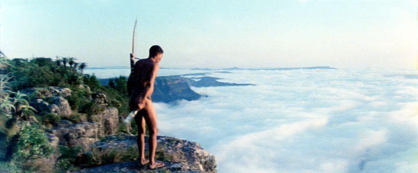 Die Götter müssen verrückt sein - Nach einer abenteuerlichen Reise kann Xixo...