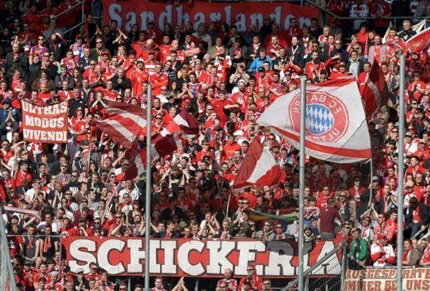 """Drogen im Gepäck der Bayern-Fangruppe """"Schickeria"""""""