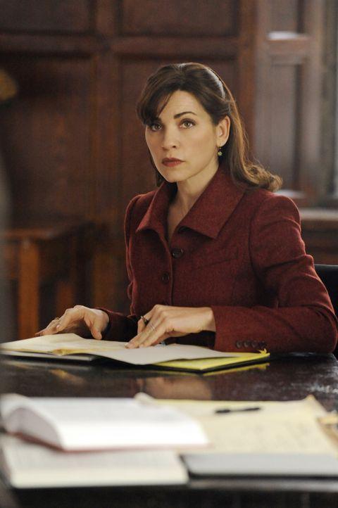 Wird Alicia (Julianna Margulies) nun doch das Angebot des Anwalts Canning annehmen und für ihn in seiner Kanzlei arbeiten? - Bildquelle: Jeffrey Neira 2011 CBS Broadcasting Inc. All Rights Reserved.