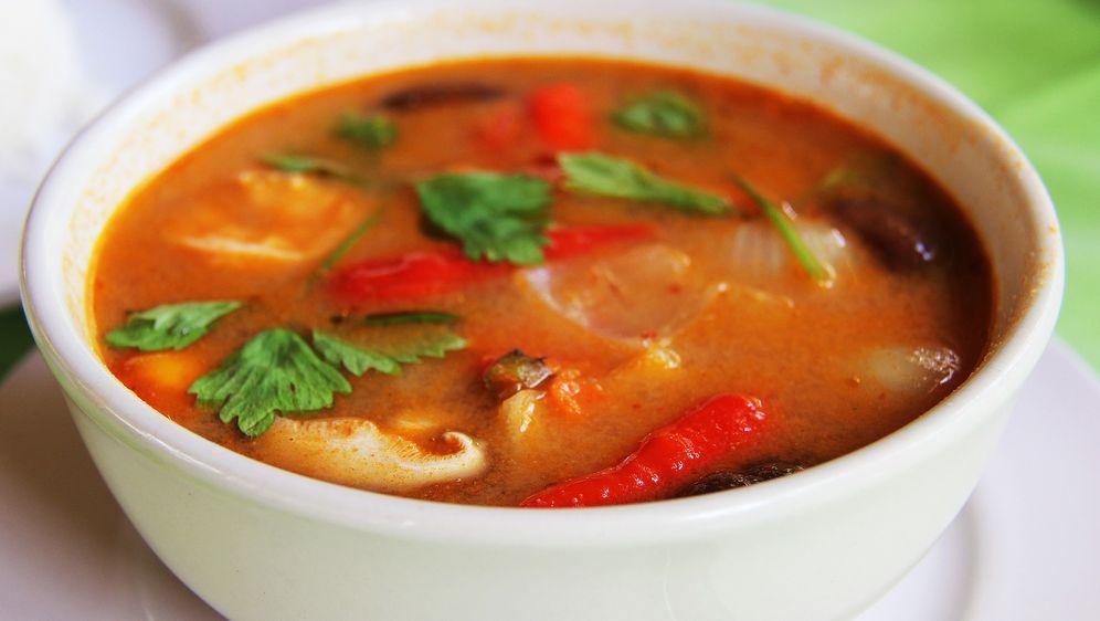Scharfes Fischcurry mit Früchten und Reis - Bildquelle: Pixabay