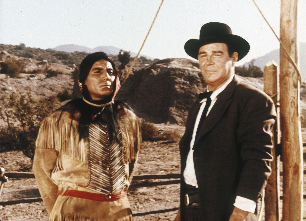 Der Betreiber des Pony-Express', Curtis Wade (Rod Cameron, r.), zieht noch immer den Profit dem Frieden mit den Indianern vor - mit fatalen Folgen ... - Bildquelle: Paramount Pictures