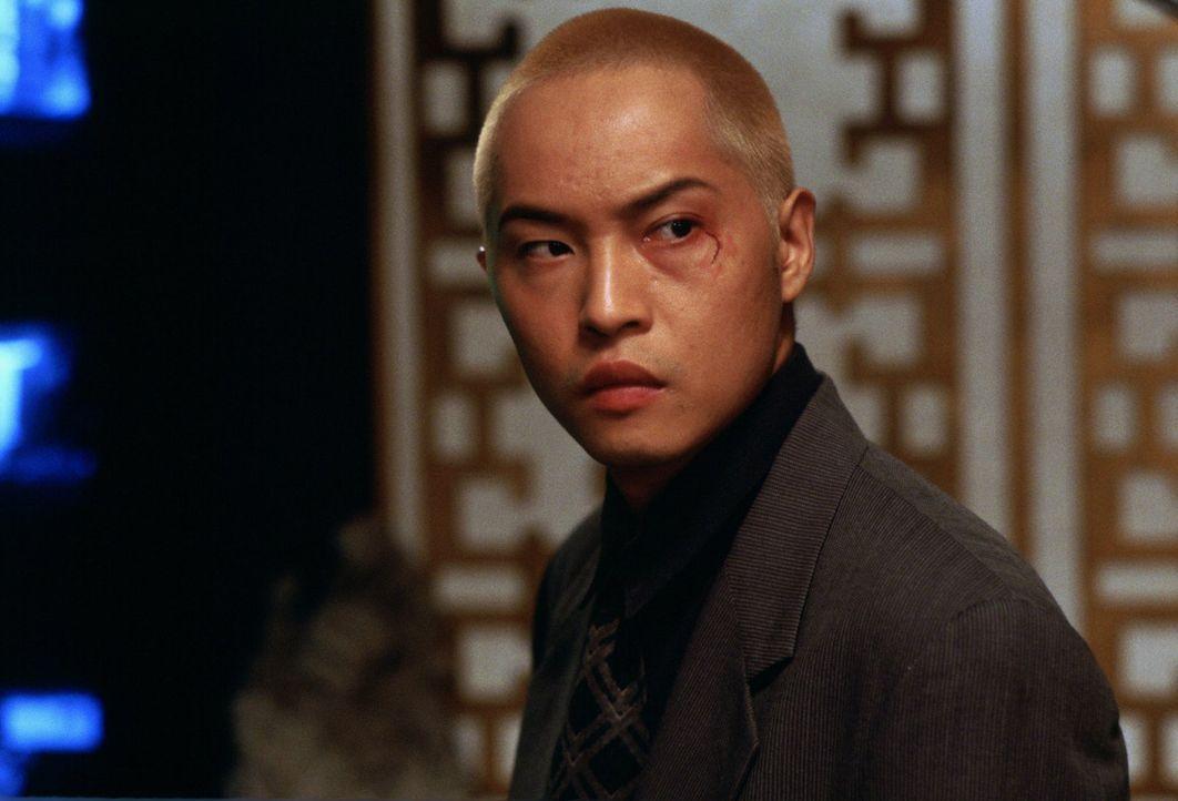 In der Szene des organisierten Verbrechens ist Sang (Ken Leung) kein unbeschriebenes Blatt. Überraschenderweise scheint ihn auch der britische Diplo... - Bildquelle: Warner Bros.