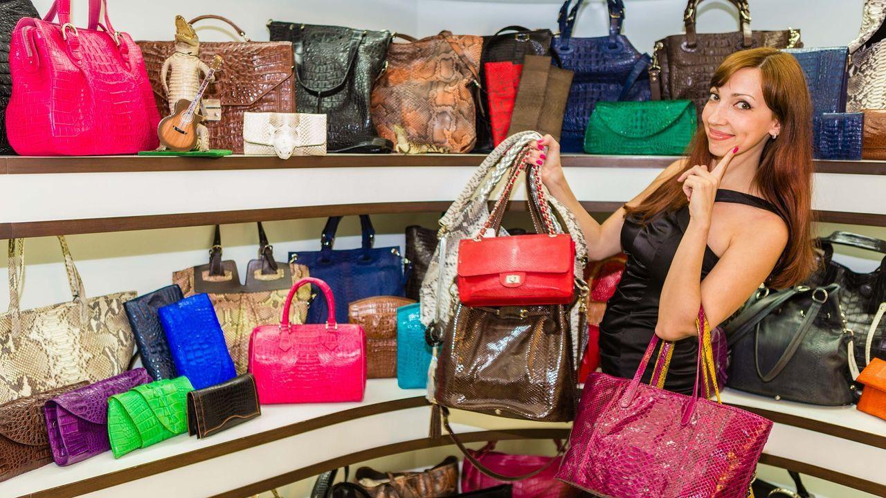 handbags-507822_1920