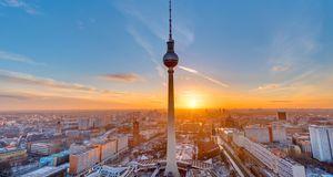 Genießen Sie den traumhaften Blick über Berlin vom Fernsehturm aus. Das ist a...