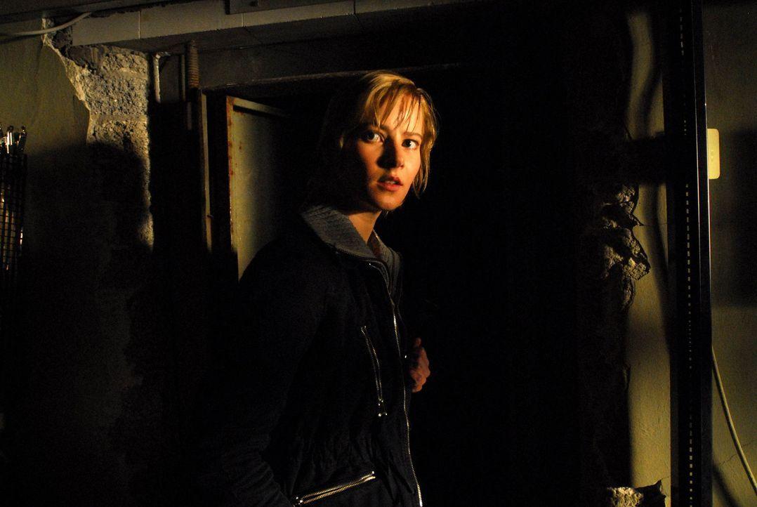 """Eines Tages wird Helma (Teresa Weißbach) im Traum von einem """"Gonger"""" aufgesucht, der ihr den Tod eines ihrer Jugendfreunde ankündigt. Sie versucht... - Bildquelle: Uwe Ernst ProSieben"""