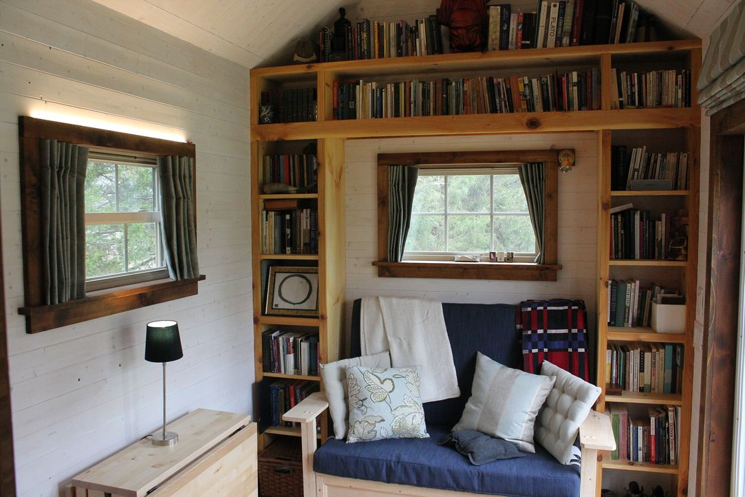 Wenig Platz bedeutet nicht gleich, dass man auf alles verzichten muss! Seth hat ganz genaue Vorstellungen, wie er den Platz in seinem kleinen Zuhaus... - Bildquelle: 2016, HGTV/Scripps Networks, LLC. All Rights Reserved.