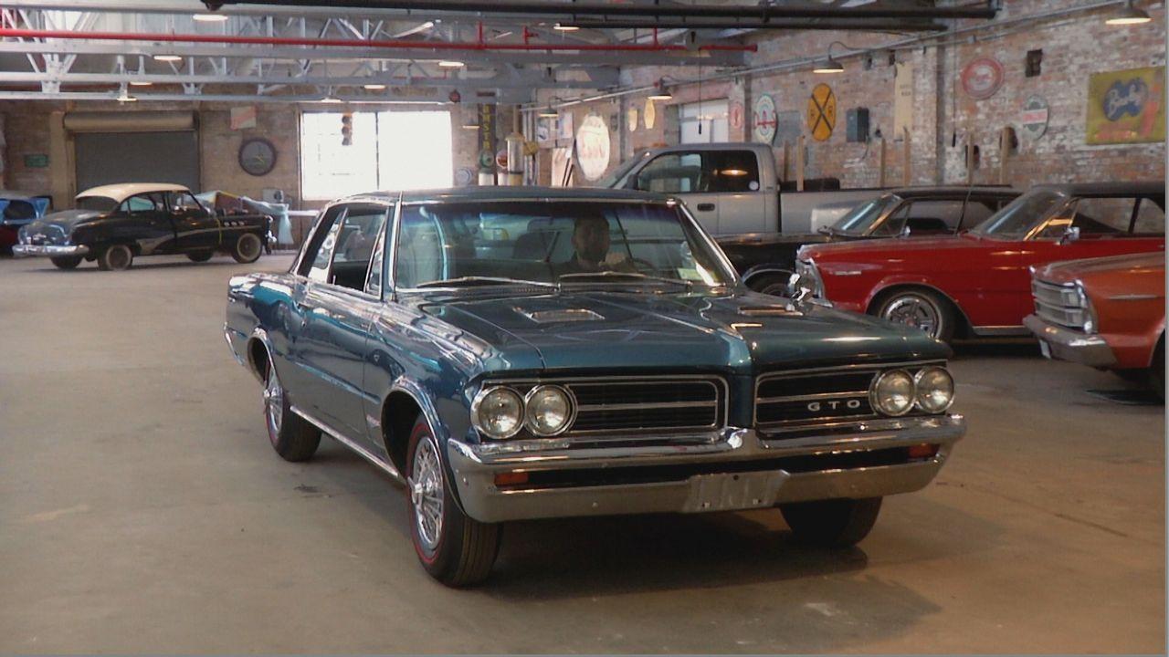 Aus alt mach neu: Der 1964er GTO wird von den Werkstattprofis bei Fantomworks vom Dach bis Felge restauriert - Bildquelle: New Dominion Pictures LLC