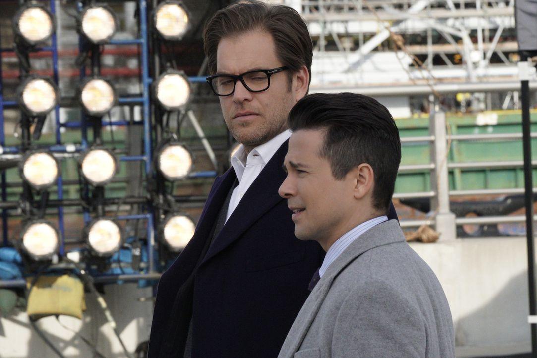 Danny (Freddy Rodriguez, r.) und Bull (Michael Weatherly, l.) glauben, dass ihre neue Klientin nicht die ganze Wahrheit erzählt. Haben sie damit rec... - Bildquelle: John Paul Filo 2016 CBS Broadcasting, Inc. All Rights Reserved