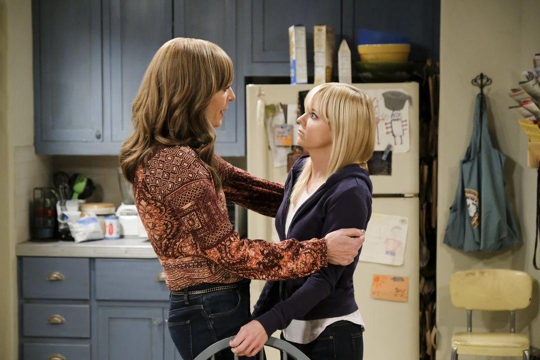 Während Bonnie (Allison Janney, l.) versucht, ihren Kaffee-Konsum einzustellen, hat Christy (Anna Faris, r.) mit Beziehungsproblemen zu kämpfen ... - Bildquelle: 2017 Warner Bros.