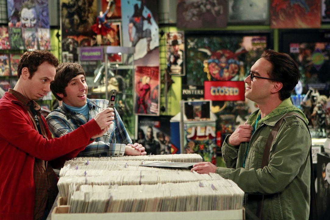 Haben gelegentlich viel Spaß miteinander: Stuart (Kevin Sussman, l.), Howard (Simon Helberg, M.) und Leonard (Johnny Galecki, r.) ... - Bildquelle: Warner Bros. Television