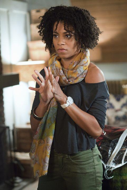 Wird Tyra (Kelly McCreary) es schaffen, ihre Freundin Emily zu verkuppeln? - Bildquelle: Liane Hentscher 2012 The CW Network, LLC. All rights reserved.