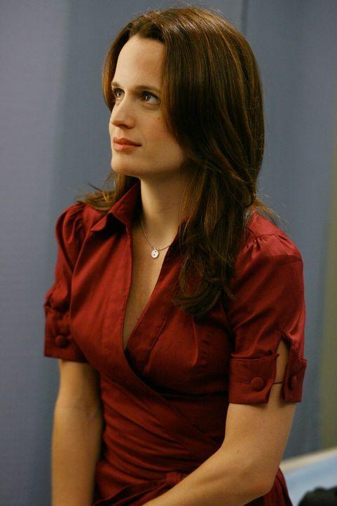 Alex bekommt überraschenden Besuch: Ava (Elizabeth Reaser) ... - Bildquelle: Touchstone Television