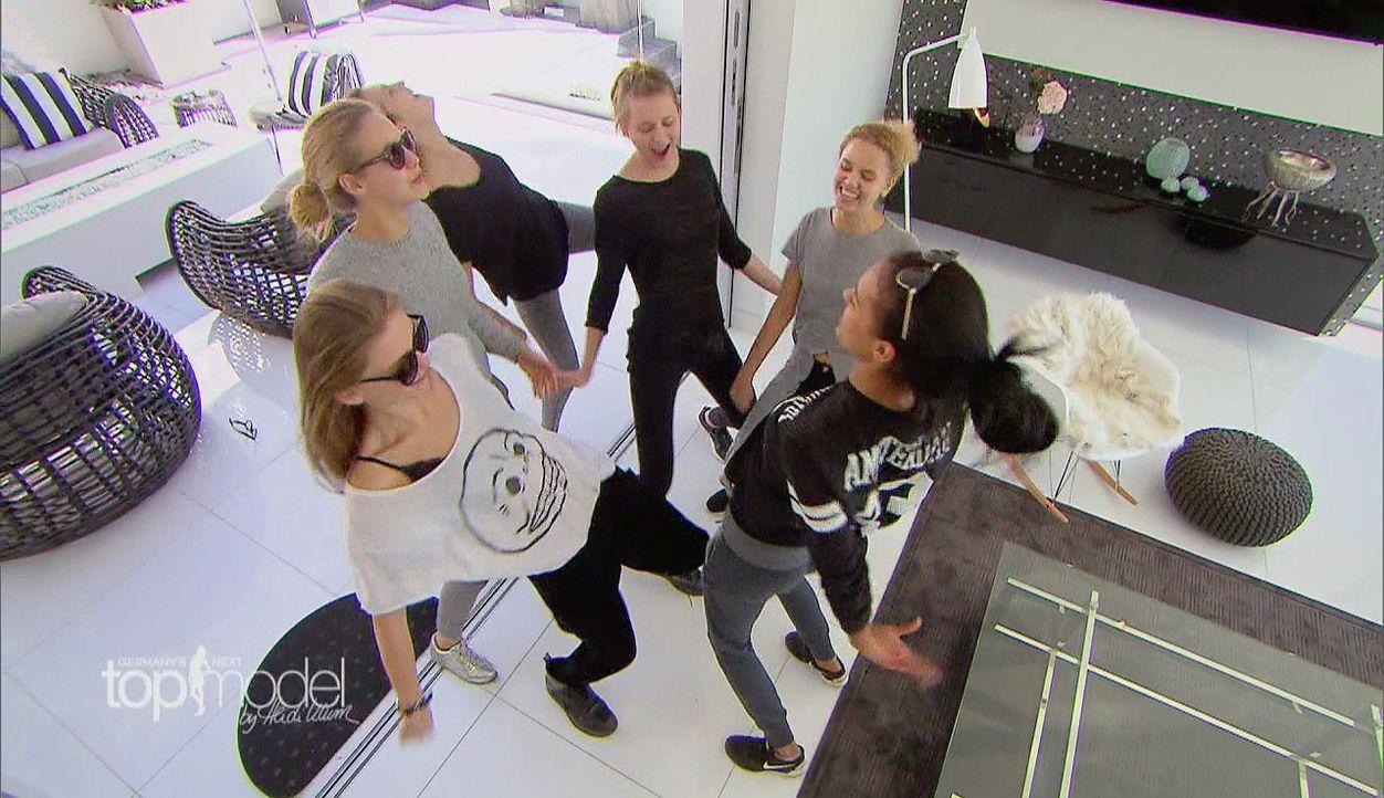 GNTM-11-Epi09-Casting-025-ProSieben_Teaser - Bildquelle: ProSieben